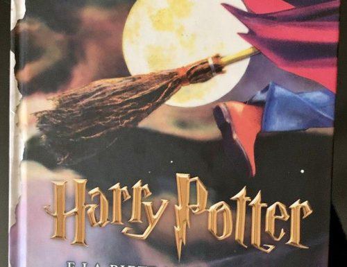 J.K Rowling, Harry Potter e la pietra filosofale